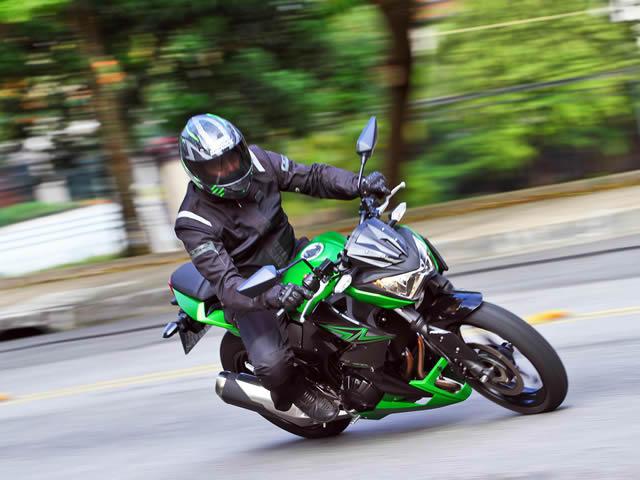 Kawasaki Z300 Prova Que Tamanho Não é Documento Shopcar